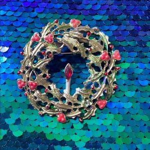 Vintage Holly Berry Christmas Wreath Pin Brooch